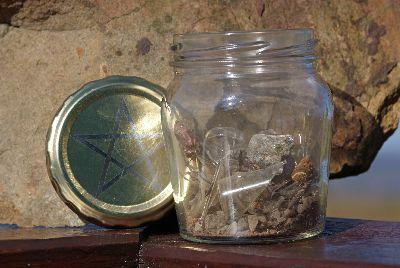 Cómo hacer una botella de bruja Witchs-Bottle